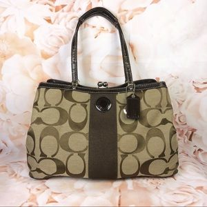 Coach handbag shoulder bag signature c